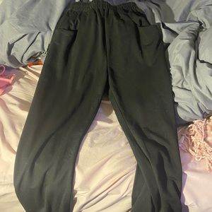 Black Joggers with pockets!